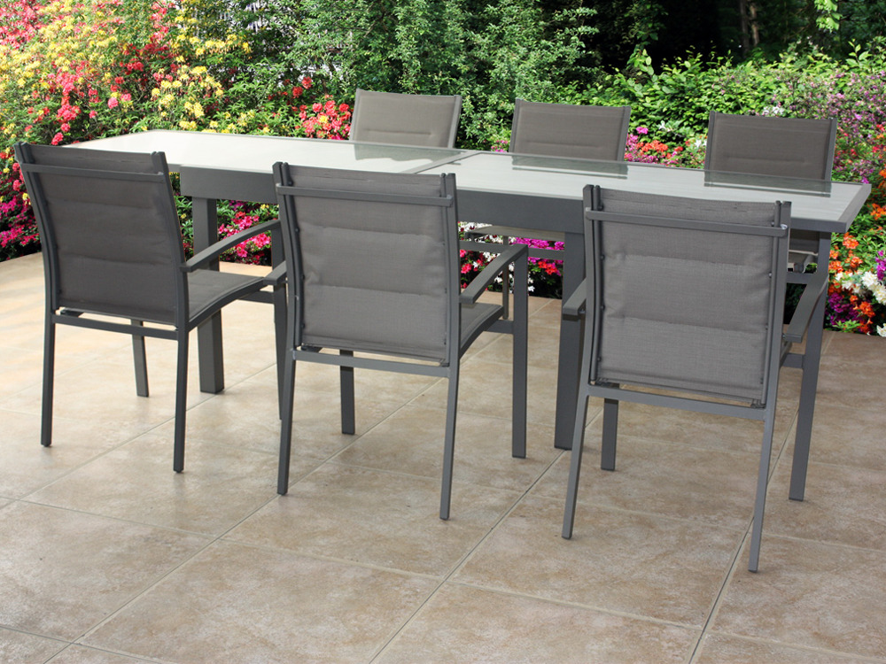 Table et chaise de jardin en couleur - veranda-styledevie.fr
