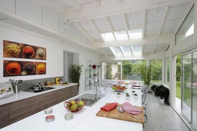 Extension cuisine véranda bois - veranda-styledevie.fr