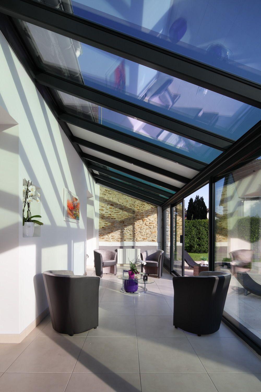 Veranda sur maison en l - veranda-styledevie.fr