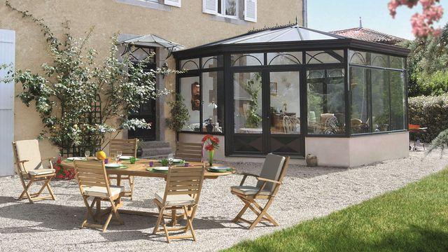 Photo de veranda en bois - veranda-styledevie.fr