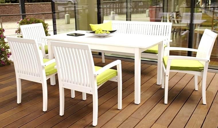Chaise de jardin en bois blanc - veranda-styledevie.fr