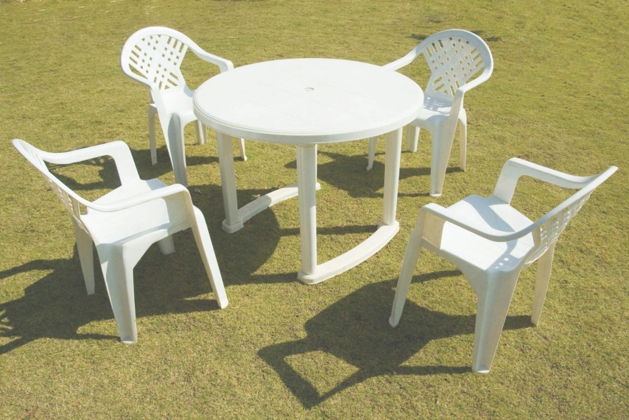 Chaise longue de jardin en metal - veranda-styledevie.fr