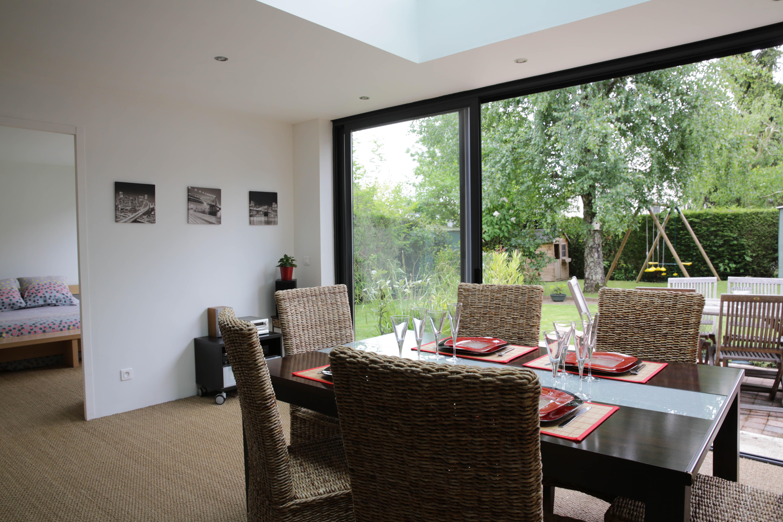 Veranda intégrée maison - veranda-styledevie.fr
