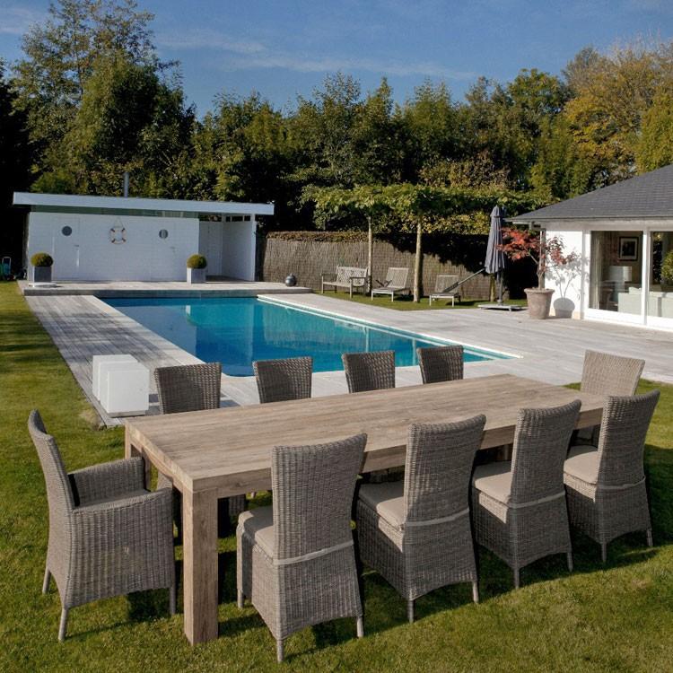 Table et fauteuil de jardin en résine tressée - veranda-styledevie.fr