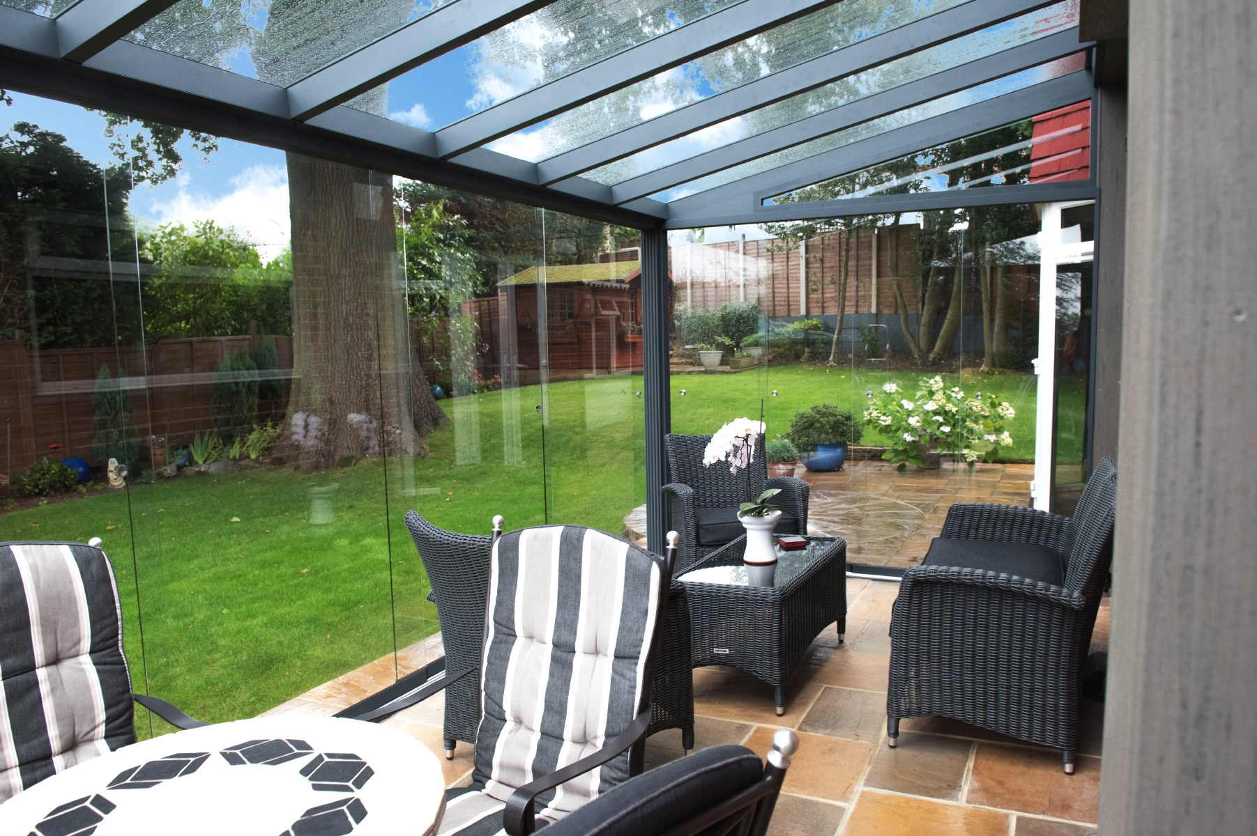 Veranda solaire coulissante - veranda-styledevie.fr
