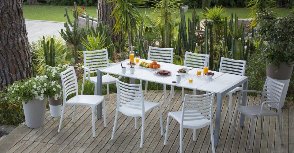 Salon de jardin plastique - veranda-styledevie.fr