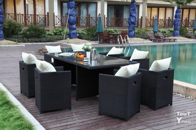 Ensemble table et chaise de jardin en résine tressée - veranda ...