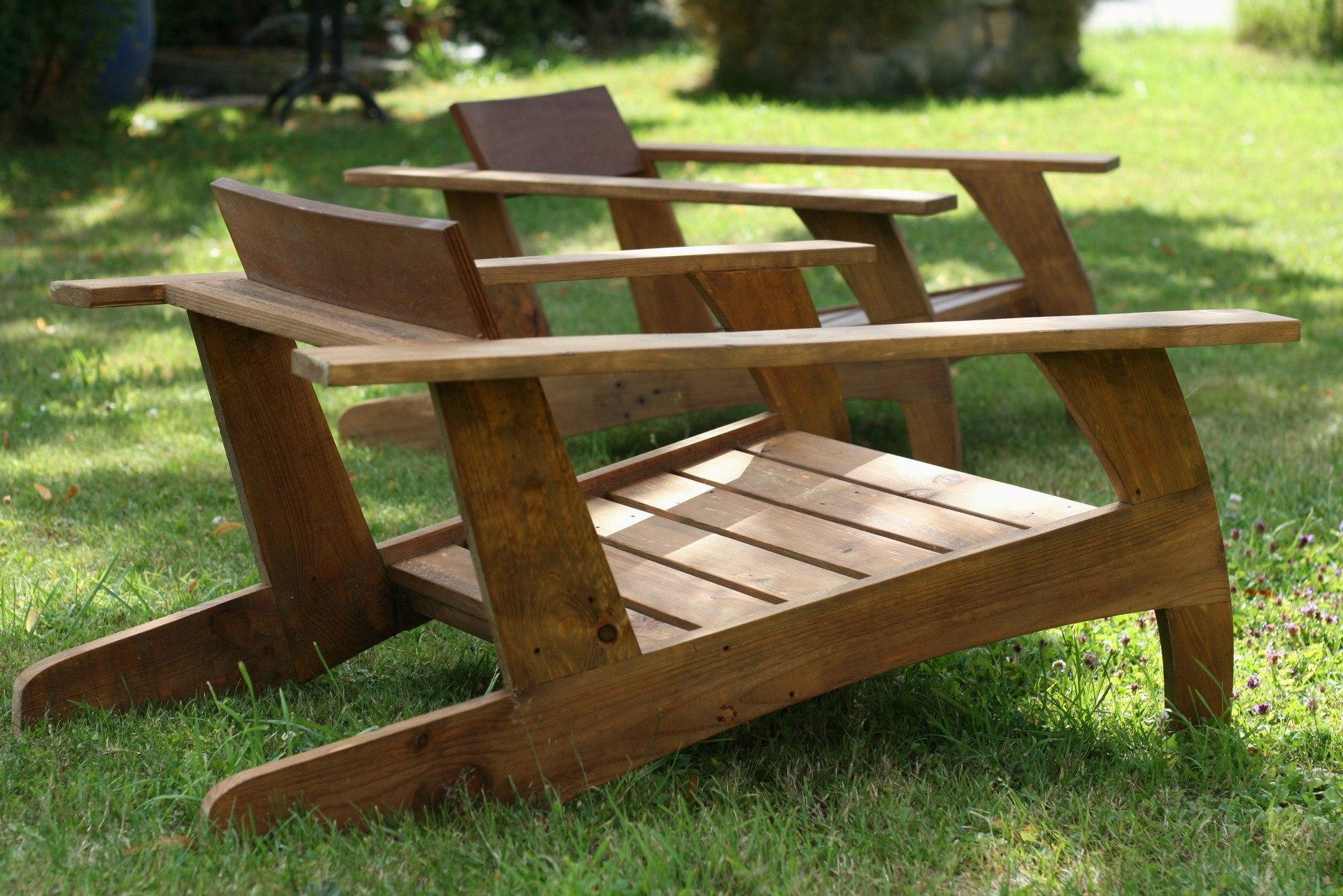 Fabriquer une chaise de jardin en bois - veranda-styledevie.fr