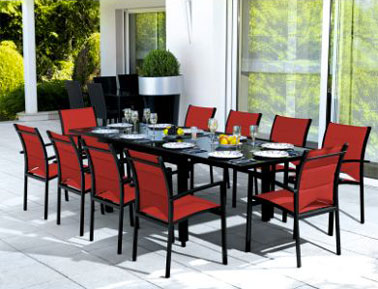 Table chaise jardin rouge - veranda-styledevie.fr