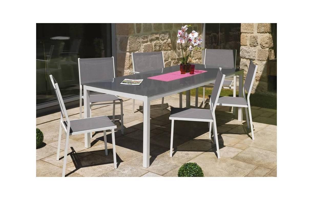Table et chaise jardin blanc - veranda-styledevie.fr