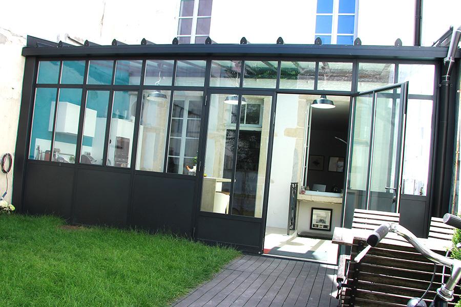 Veranda verre et acier - veranda-styledevie.fr