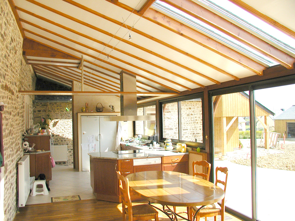 Veranda extension bois - veranda-styledevie.fr