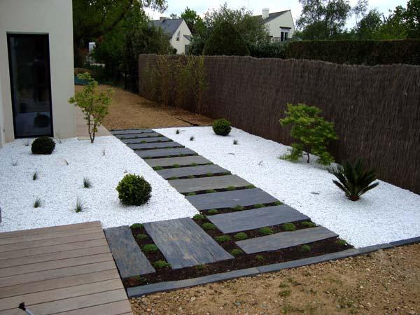 faire une terrasse en gravier blanc veranda. Black Bedroom Furniture Sets. Home Design Ideas