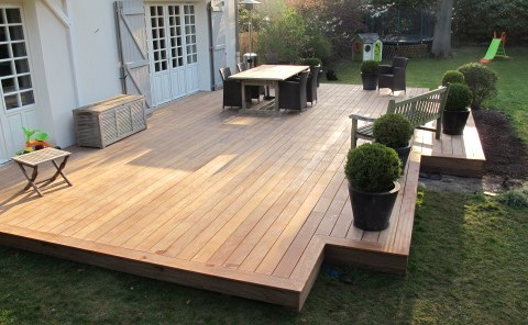fabriquer terrasse en palette veranda. Black Bedroom Furniture Sets. Home Design Ideas