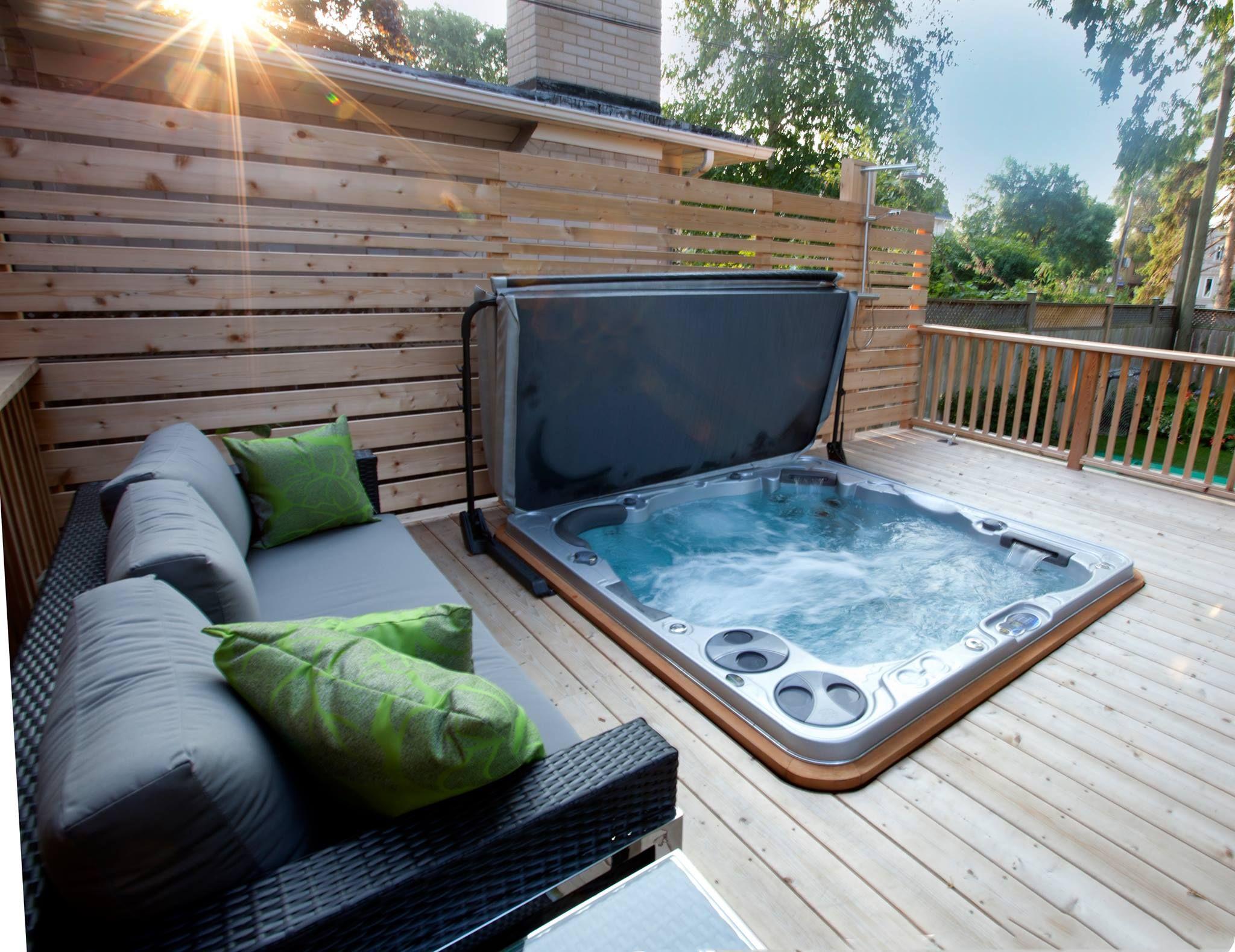 Terrasse jacuzzi - veranda-styledevie.fr