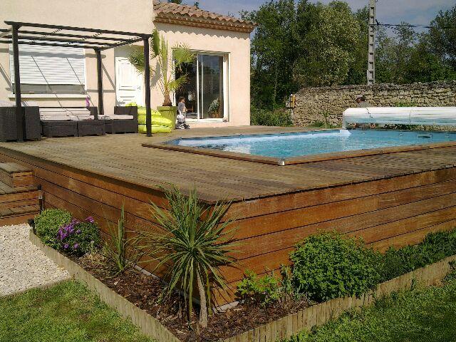 Montage terrasse bois piscine hors sol veranda - Piscine bois hors sol terrasse ...