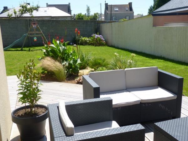 Terrasse de jardin maison - veranda-styledevie.fr