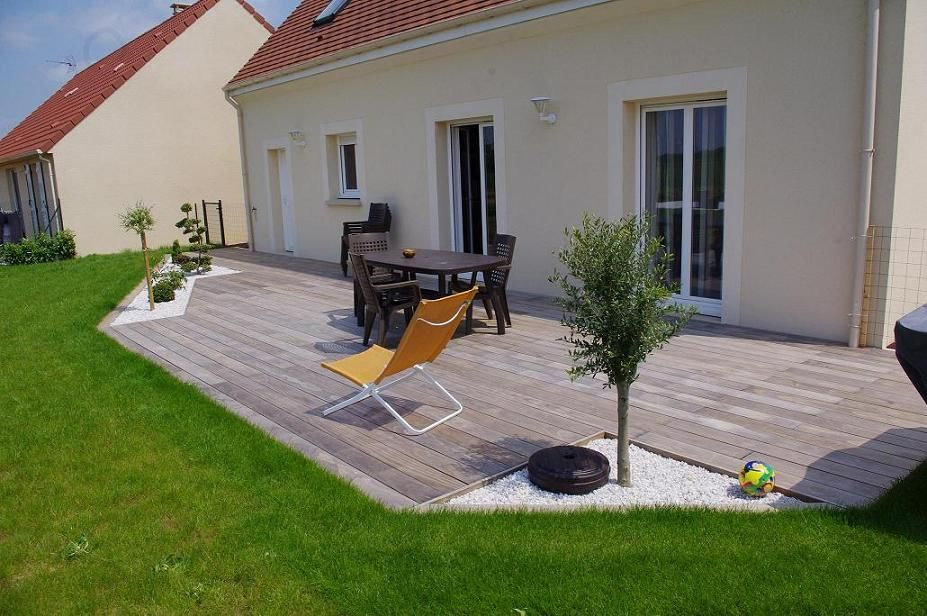 realisation d 39 une terrasse en gravier veranda. Black Bedroom Furniture Sets. Home Design Ideas