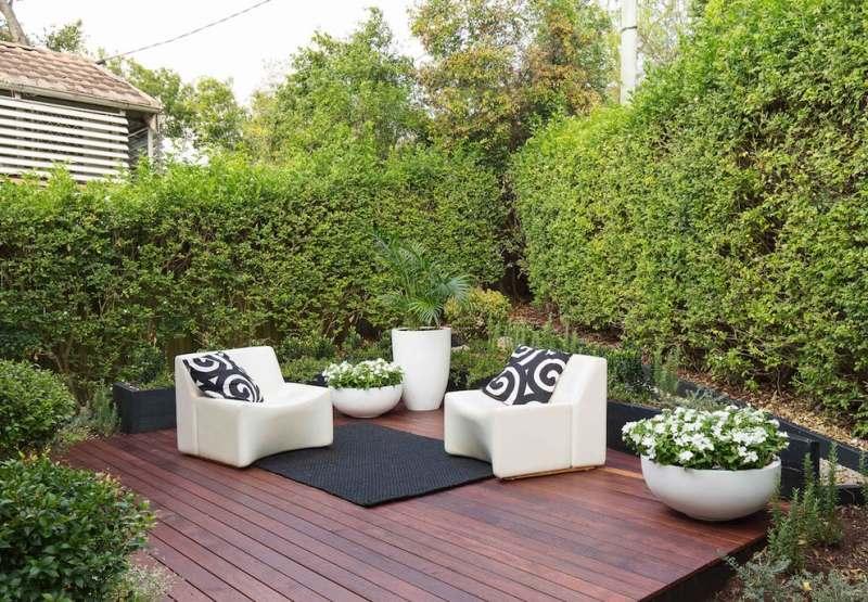Terrasse jardin naturel - veranda-styledevie.fr