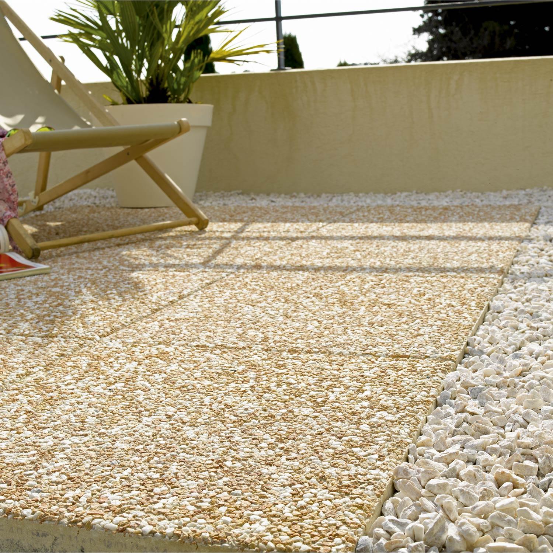 Dalle de terrasse en galet - veranda-styledevie.fr