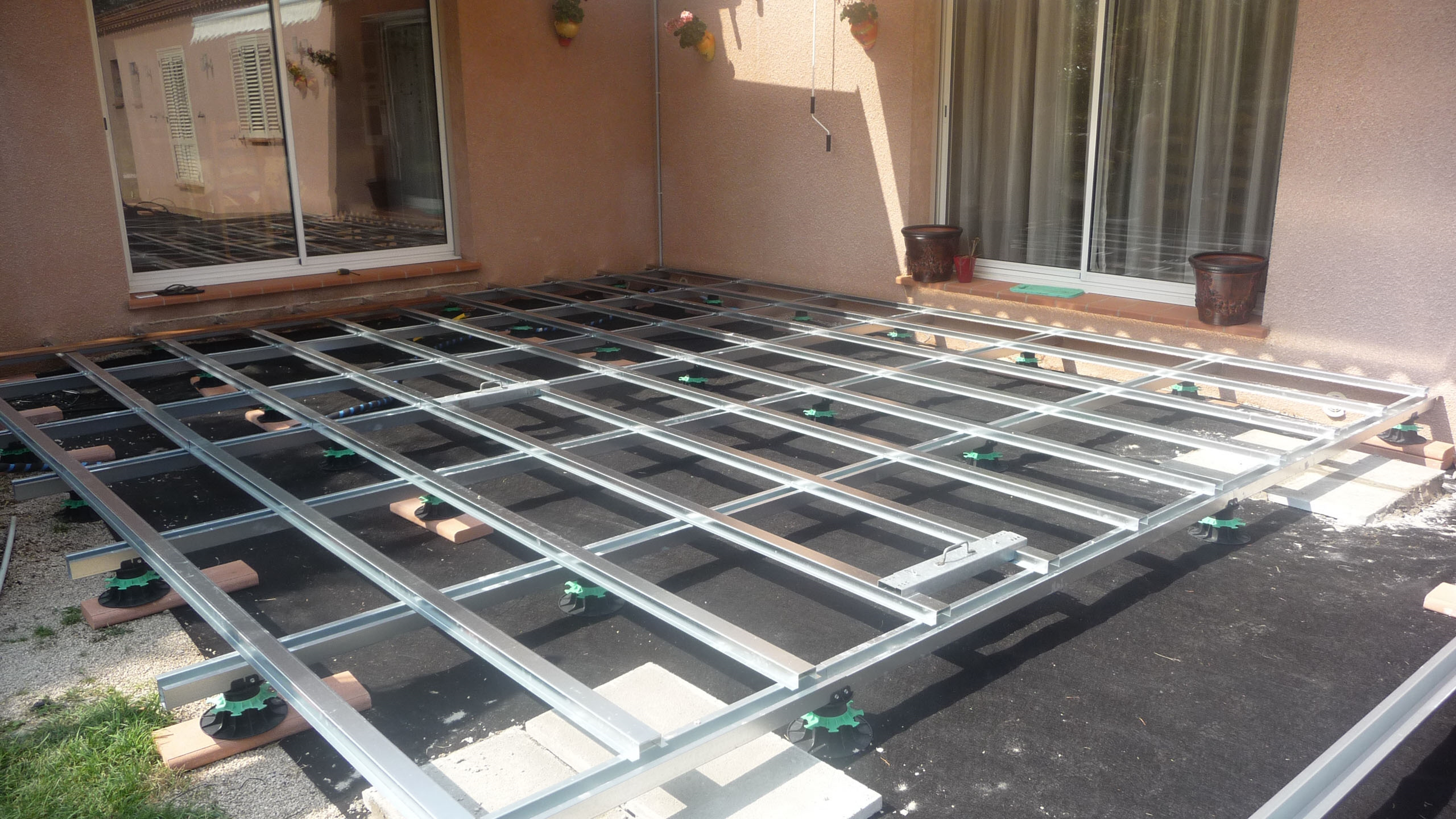 Terrasse métallique en kit