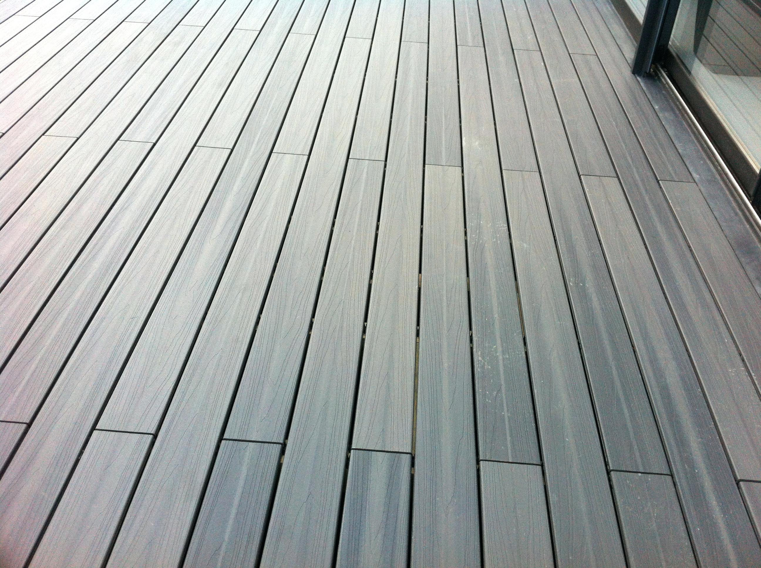 terrasse en bois composite brico depot veranda. Black Bedroom Furniture Sets. Home Design Ideas