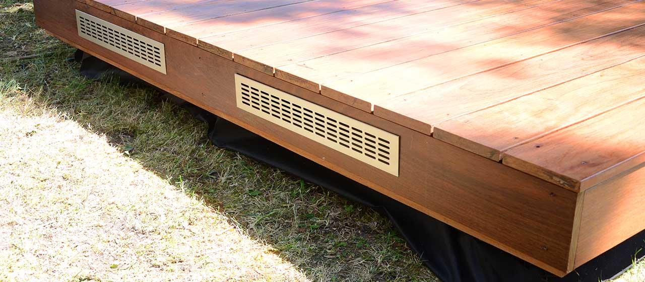 gravier sous terrasse en bois veranda. Black Bedroom Furniture Sets. Home Design Ideas