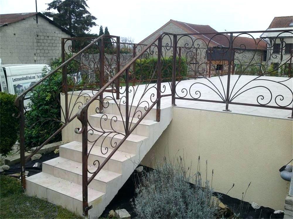 Terrasse en fer forgé - veranda-styledevie.fr