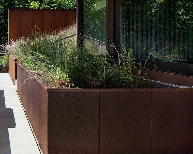 jardiniere terrasse exterieur veranda. Black Bedroom Furniture Sets. Home Design Ideas