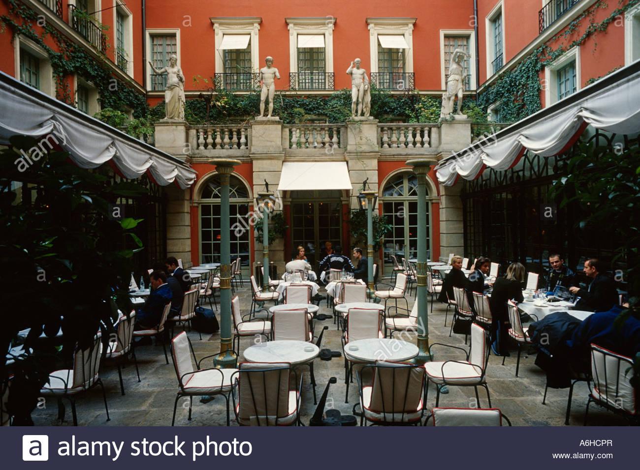 Hotel costes paris terrasse