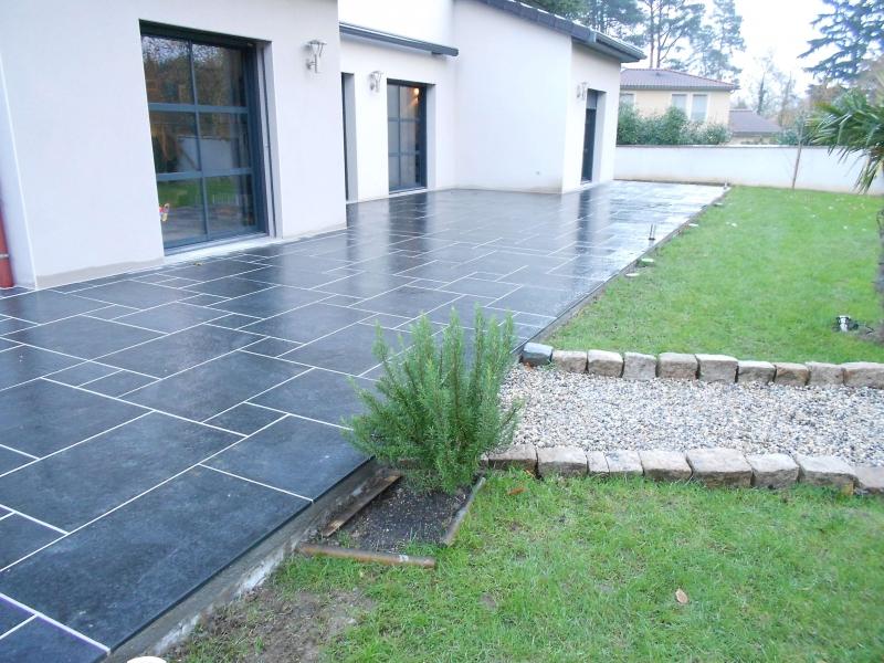 carrelage exterieur terrasse gris anthracite veranda. Black Bedroom Furniture Sets. Home Design Ideas