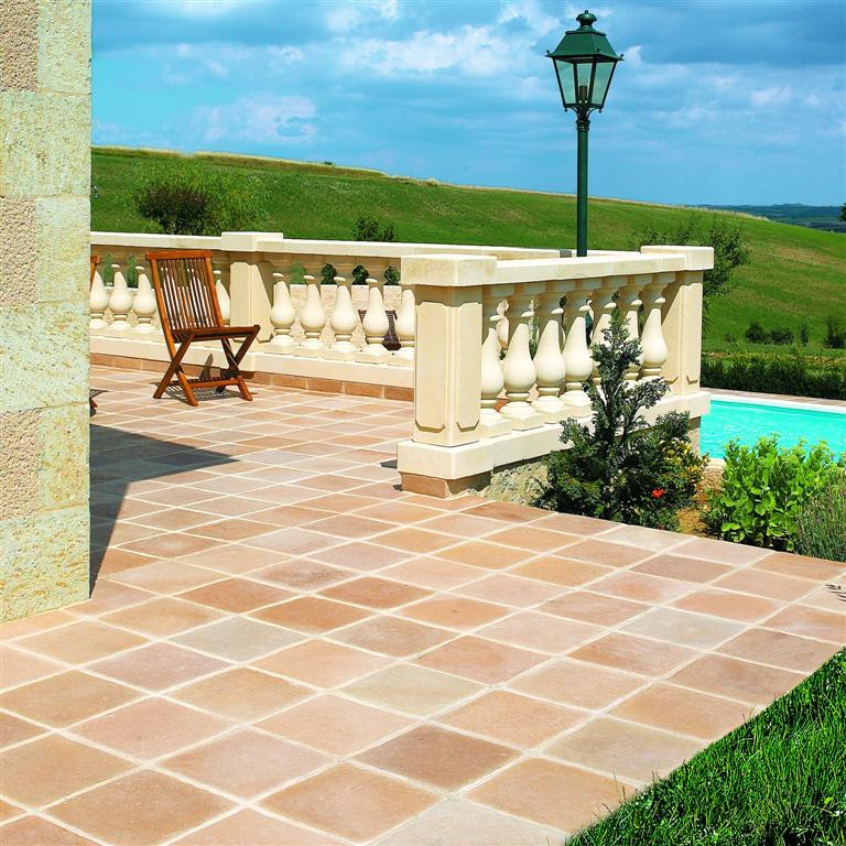 Modele terrasse exterieur en pierre - veranda-styledevie.fr