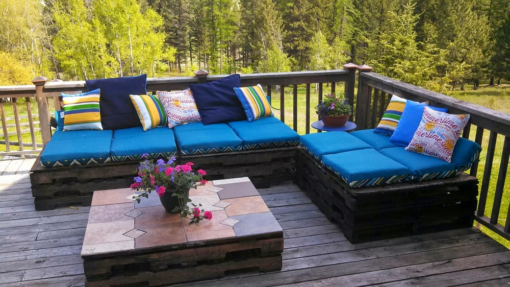 Terrasse salon de jardin palette - veranda-styledevie.fr