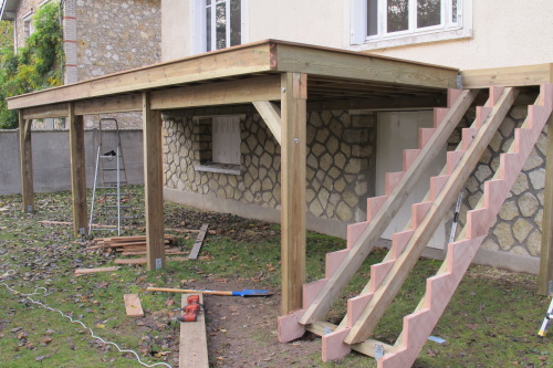 installation terrasse bois sur pilotis veranda. Black Bedroom Furniture Sets. Home Design Ideas