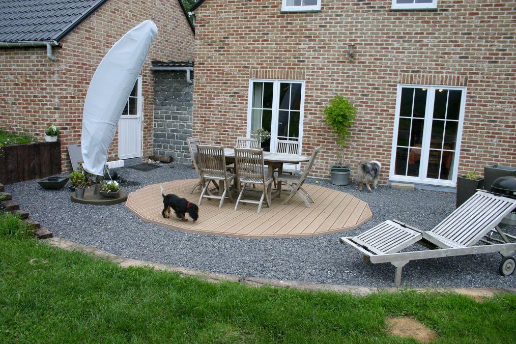 terrasse en bois gravier veranda. Black Bedroom Furniture Sets. Home Design Ideas