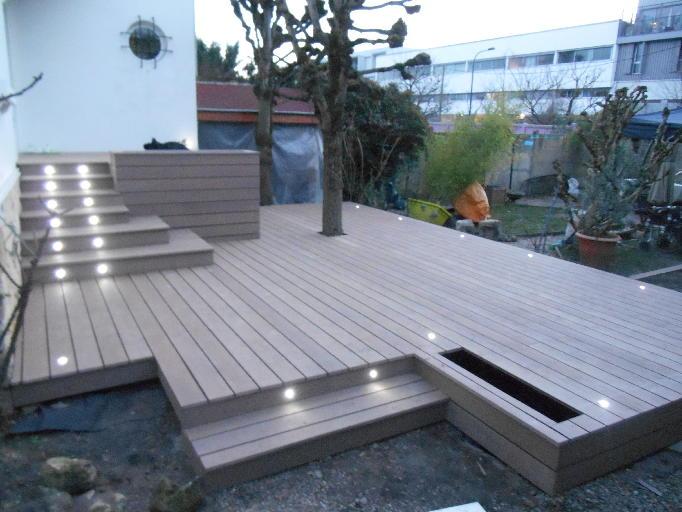terrasse en composite ou en carrelage veranda. Black Bedroom Furniture Sets. Home Design Ideas
