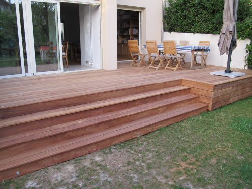 terrasse avec jardin en hauteur veranda. Black Bedroom Furniture Sets. Home Design Ideas
