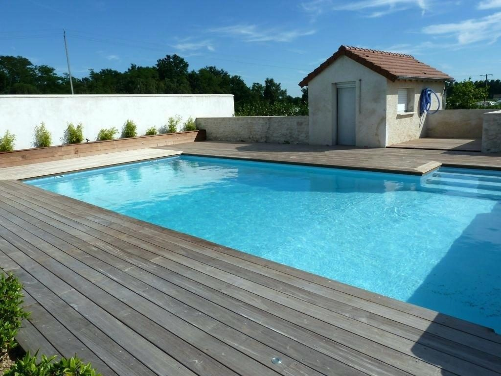 terrasse piscine bois composite avis veranda. Black Bedroom Furniture Sets. Home Design Ideas