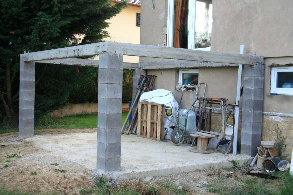 terrasse en hauteur en beton veranda. Black Bedroom Furniture Sets. Home Design Ideas